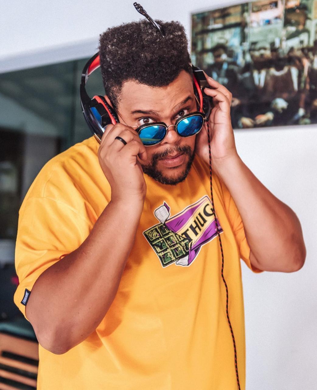 Babu Santana lança música em forma de desabafo sobre a Covid-19 no Brasil  (Foto: Reprodução/Instagram)