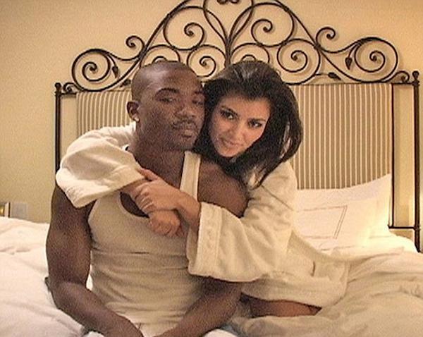 (Ray J e Kim Kardashian durante namoro em 2002, Reprodução)
