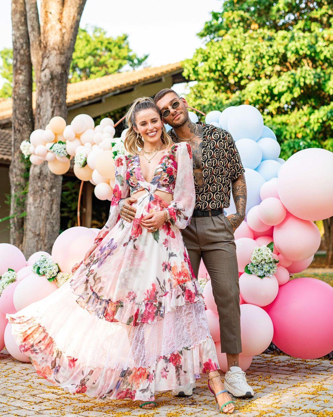 Lucas Lucco e Lorena Carvalho
