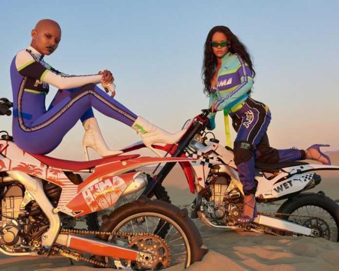 Rihanna posa com sua musa Slick Woods para sua coleção com a Puma. (Reprodução: Rihanna.com.br)