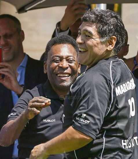 Contrariando a rivalidade Brasil X Argentina, Maradona e Pelé tinham uma amizade fora dos campos. (Reprodução/Instagram)