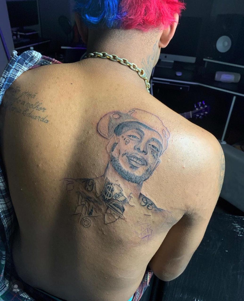 MC Brinquedo faz tatuagem em homenagem a MC Kevin (Foto: Reprodução/Instagram)