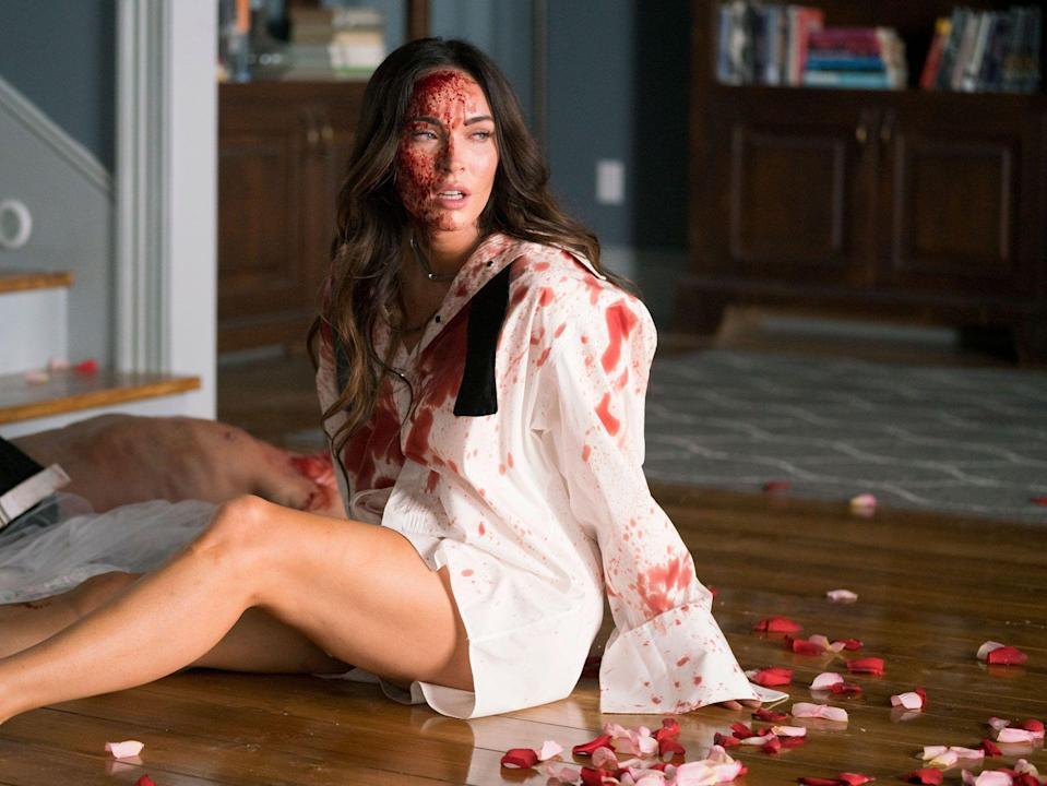 Megan fox em cena do filme Till Death.