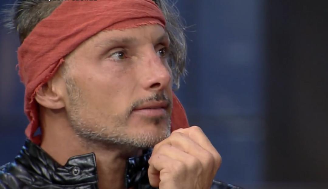 A Fazenda: Juliano Ceglia é o oitavo eliminado