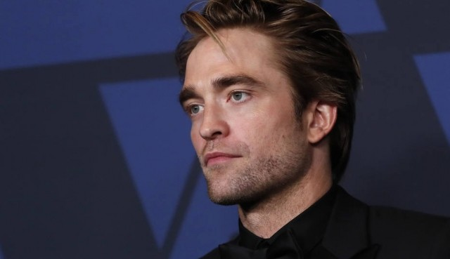 Robert Pattinson surpreende fã do Batman