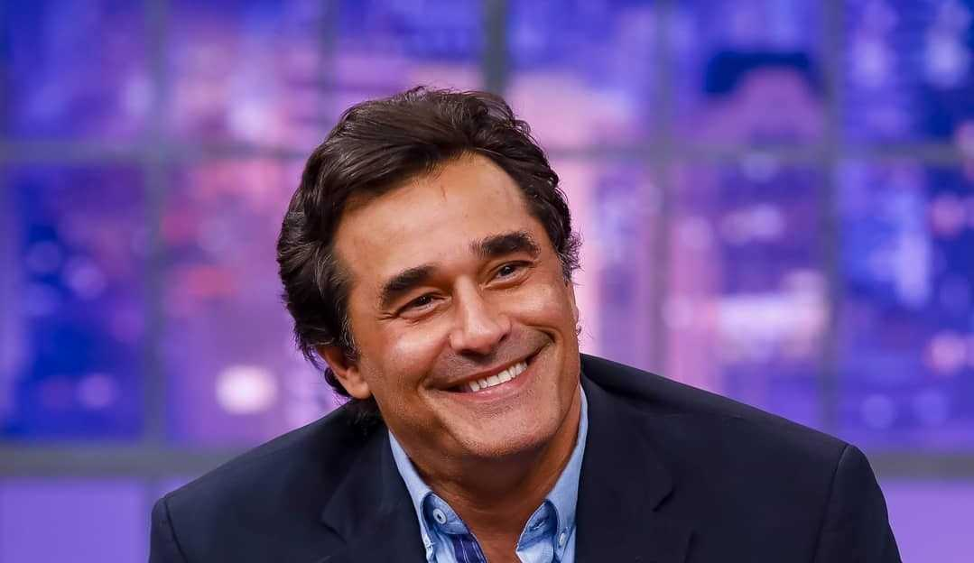 Luciano Szafir relembra relacionamento com Xuxa