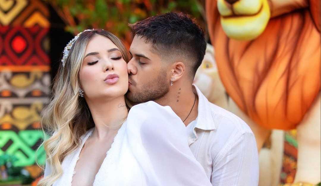 Zé Felipe e Virginia Fonseca descobrem sexo do bebê em chá de revelação