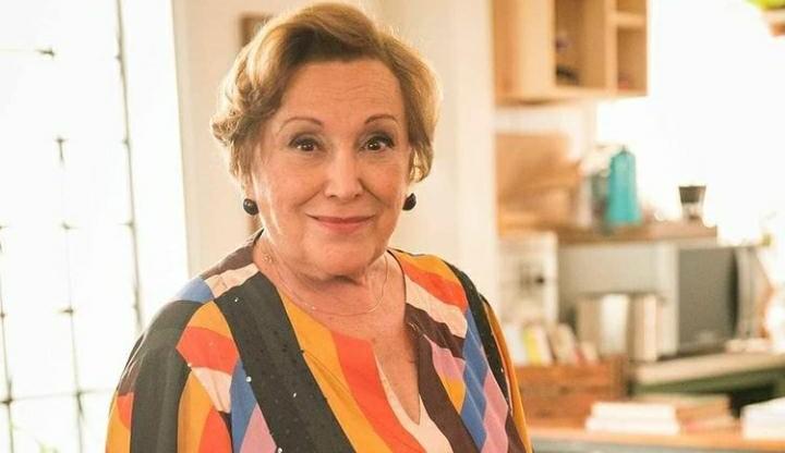 Nicette Bruno internada com Covid, tem piora na função renal e precisa de hemodiálise