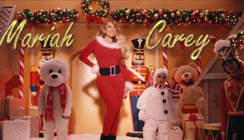 Sucesso natalino de Mariah Carey conquista o 1° lugar da lista Hot 100 da Billboard