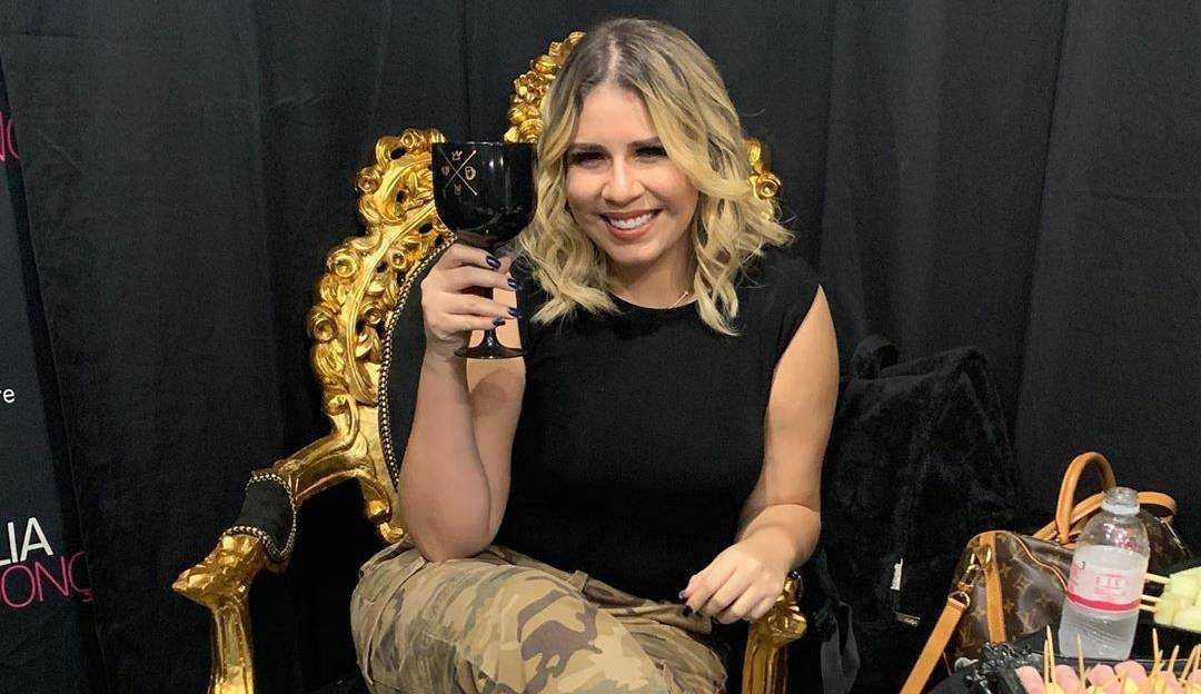 Marília Mendonça diz que tem coleção de ex e Anitta afirma ter mais que a sertaneja