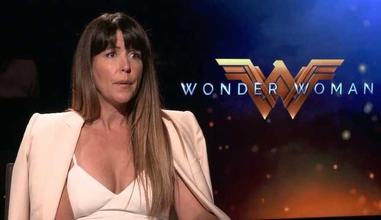 Patty Jenkins, diretora de Mulher-Maravilha 1984, não sabe se fará o terceiro filme da franquia
