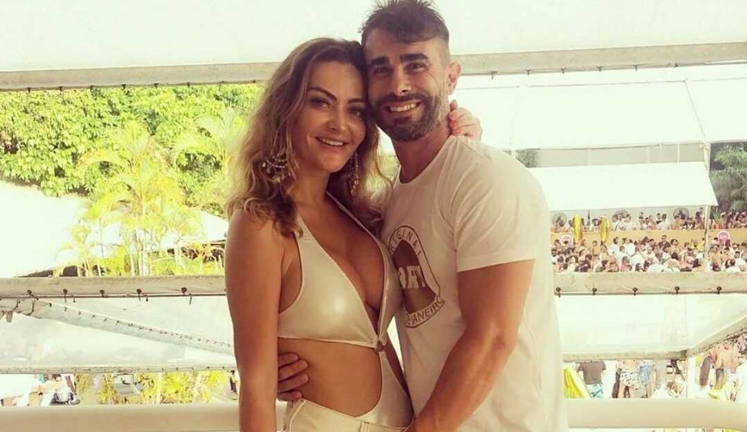 Laura Keller anuncia término com Jorge Sousa
