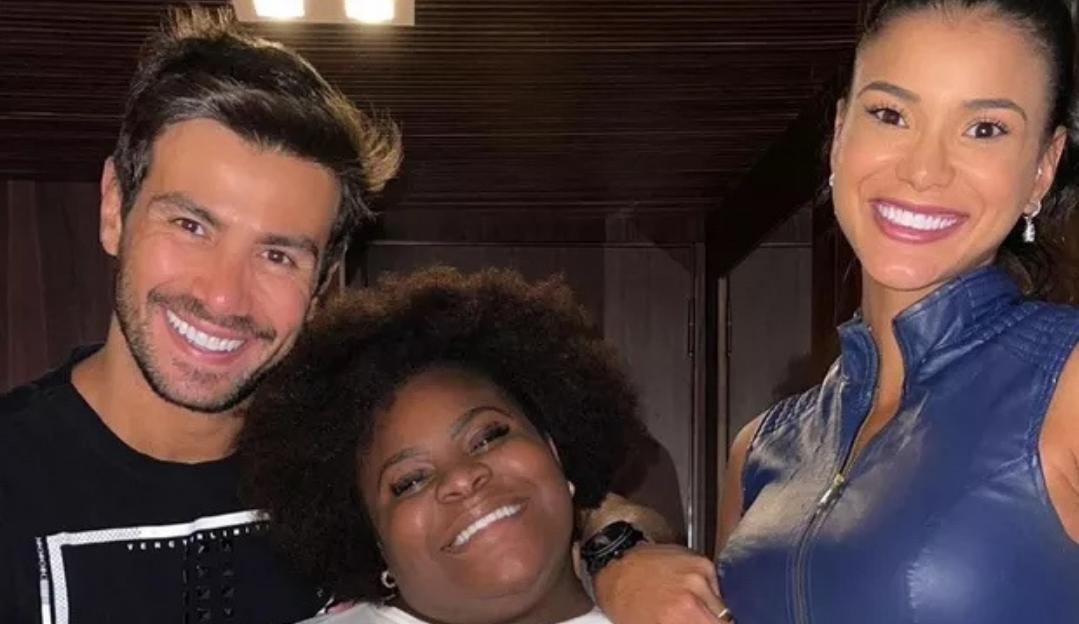 Mariano e Jakelyne reencontram Jojo Todynho após reality