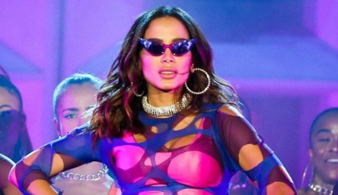 A patroa tá on: Anitta quer um novo amor para 2021 e explica sua falta de posicionamento político