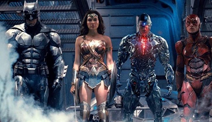 Zack Snyder diz que Snyder Cut de Liga da Justiça será filme de 4 horas