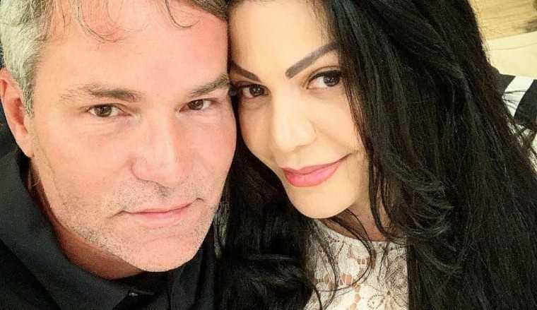Márcio Poncio anuncia separação com Simone Poncio: 'Traição da nossa aliança'