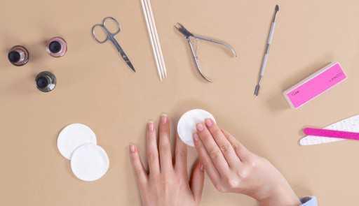 Confira 4 dicas valiosas de cuidado com as unhas!