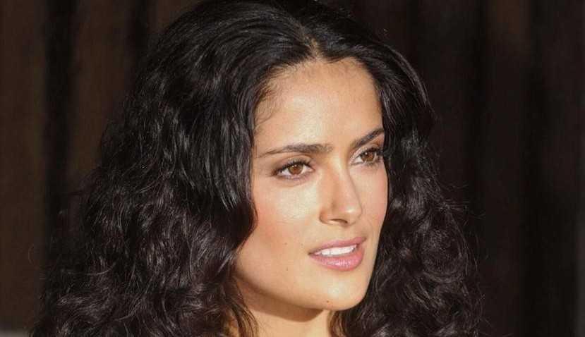 Salma Hayek revela ter ficado traumatizada ao gravar cena de sexo em 'A Balada do Pistoleiro'
