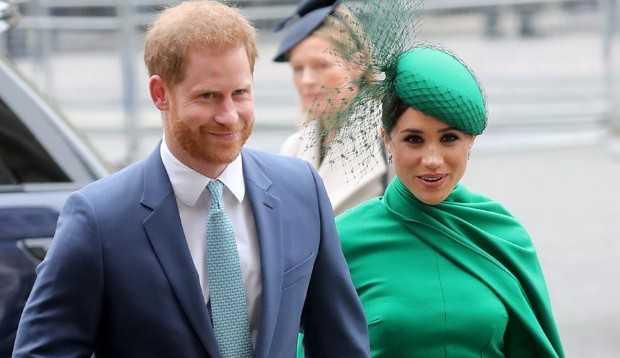 Harry e Meghan Markle renunciam oficialmente todos os cargos da coroa britânica