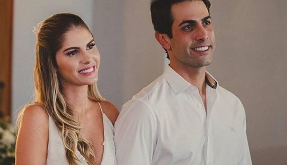 Bárbara Evans e Gustavo Theodoro estão com casamento religioso marcado
