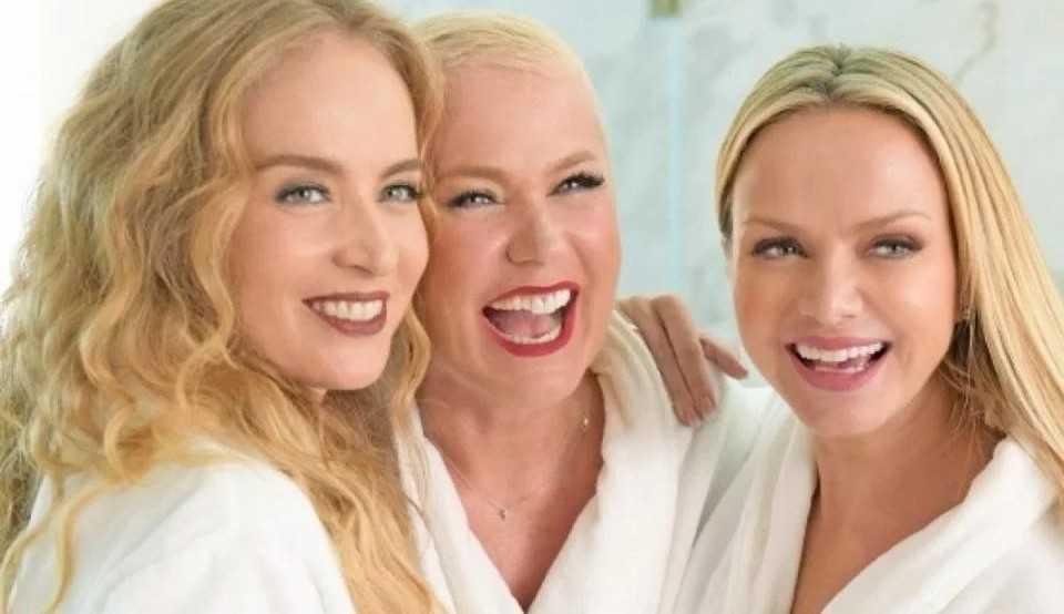 'Todo mundo tá feliz!' Xuxa, Eliana e Angélica se reencontram e movimentam a web.