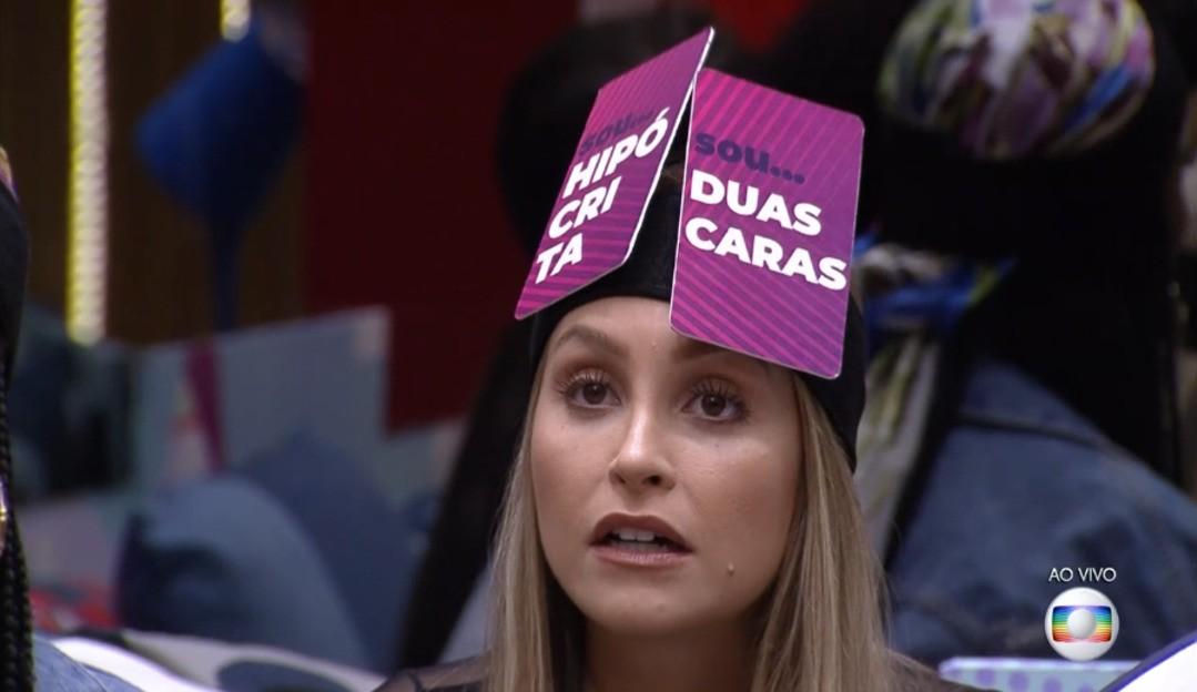 Público chama Carla Diaz de Marcela 2.0: 'está se queimando por causa de macho'