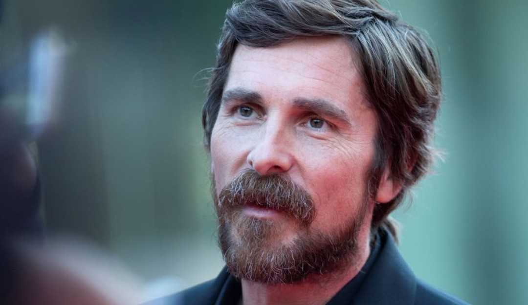 Netflix adquire direitos para The Pale Blue Eye, novo filme do ator Christian Bale