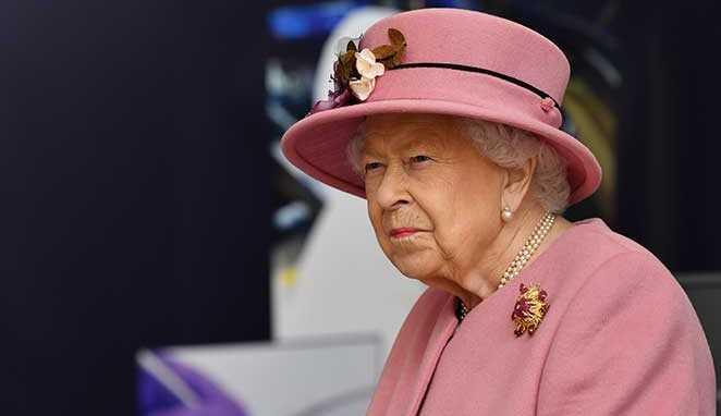 Rainha Elizabeth deve investigar a família real após acusações de Meghan Markle e príncipe Harry