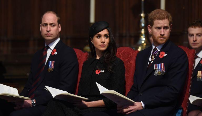 Príncipe William se posiciona contra acusações de racismo feita por Meghan e Príncipe Harry