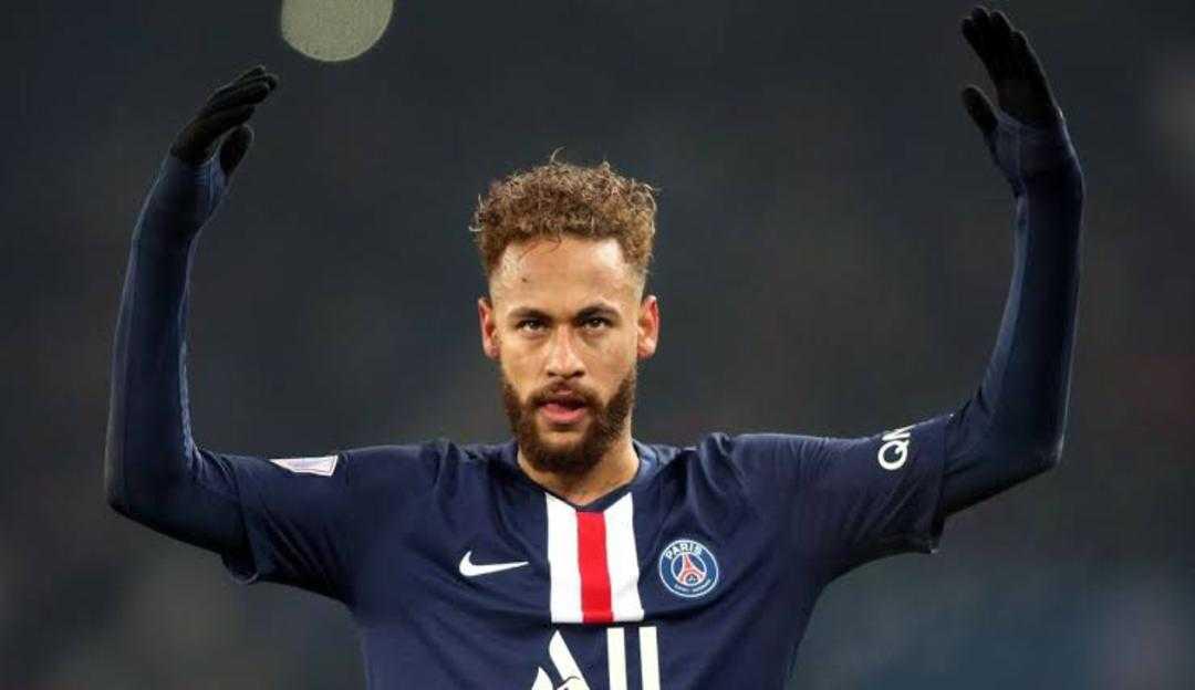 Neymar está curado da Covid-19