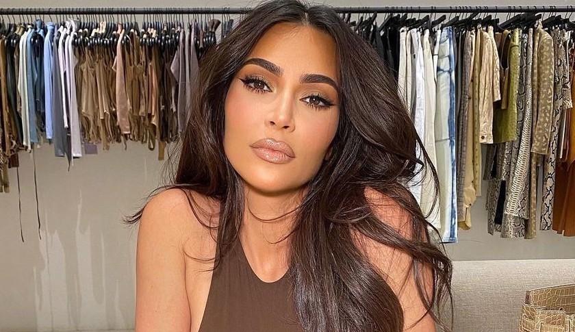 Kim Kardashian apoia Demi Lovato em lançamento de documentário