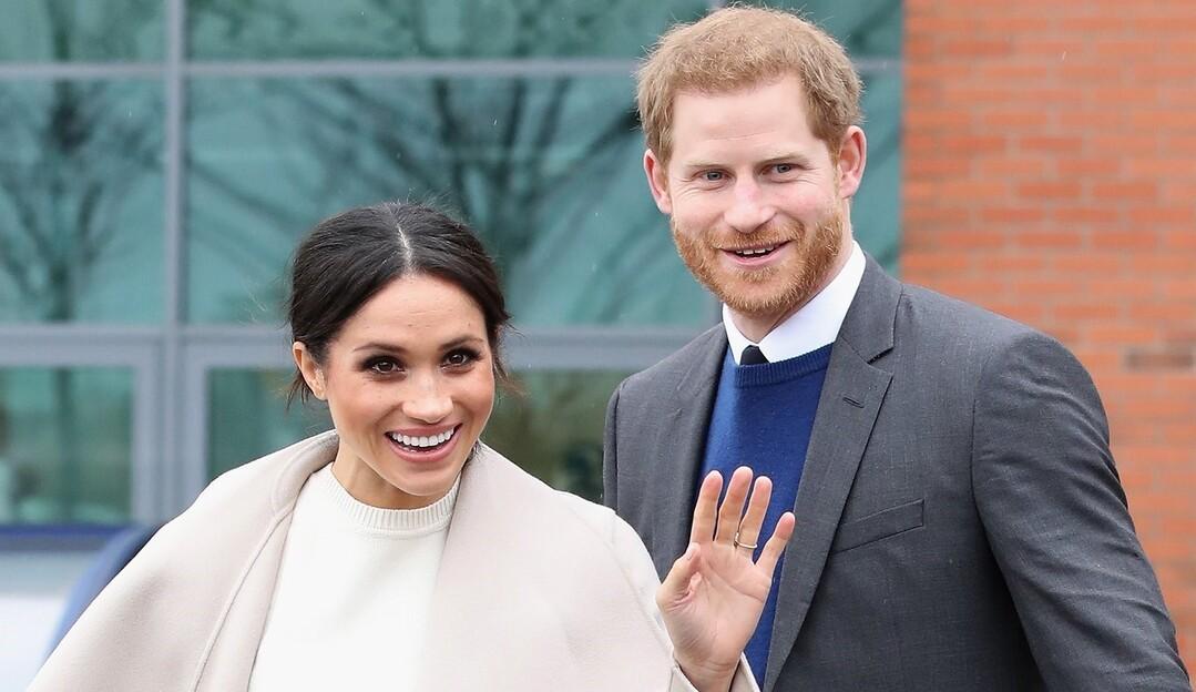 Porta-voz oficial da realeza afirma que Meghan e Harry não se casaram escondidos