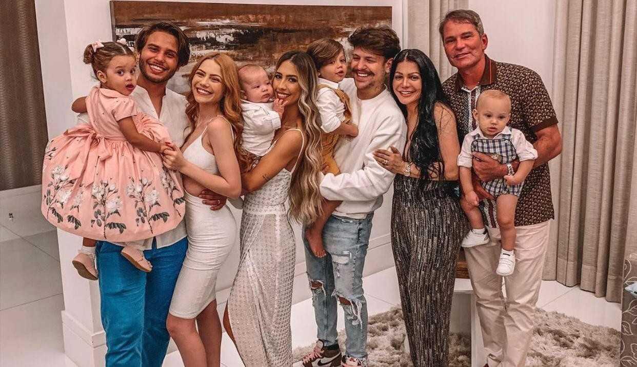 """Família Poncio cancela o reality show e Pastor revela: """"Pensamos os prós e os contras"""""""