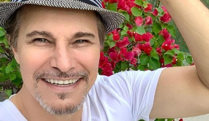O ator Edson Celulari foi imunizado contra o Covid-19