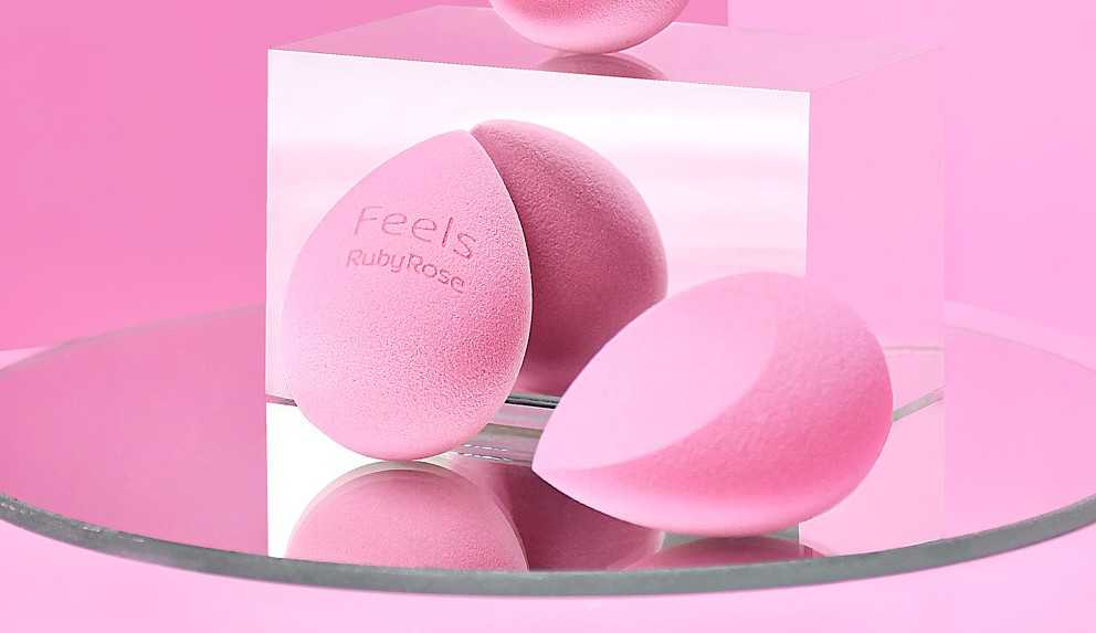 Ruby Rose lança esponja para maquiagem Soft Blender