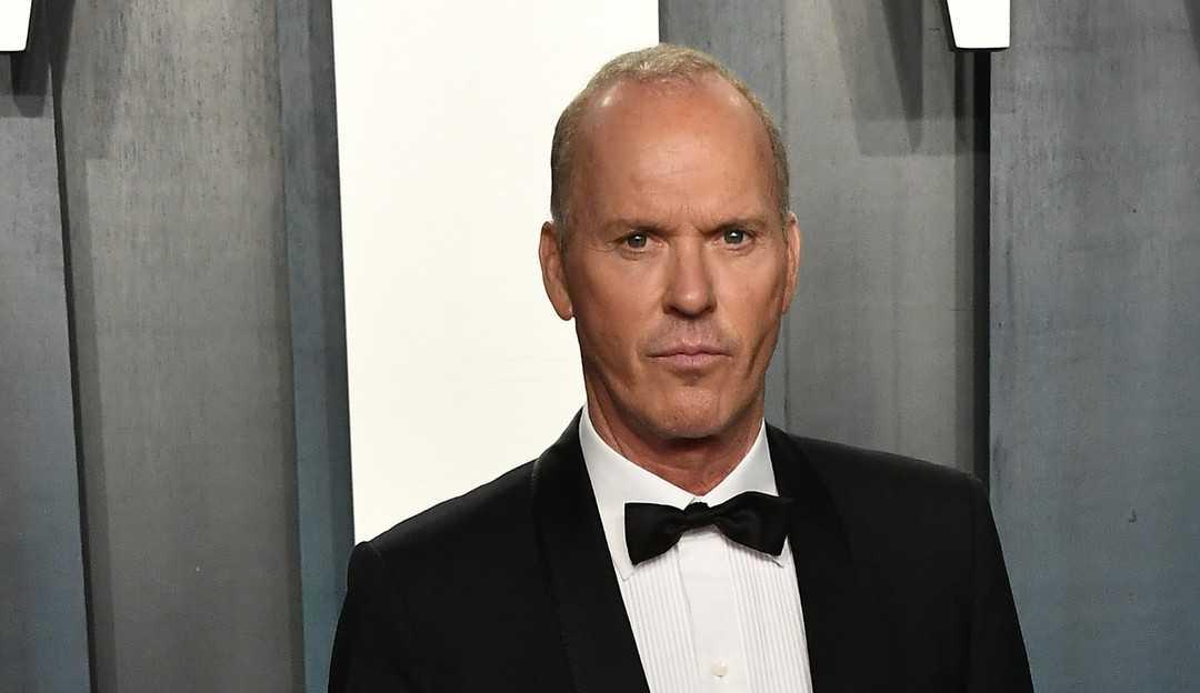 Michael Keaton retorna como Batman no filme The Flash