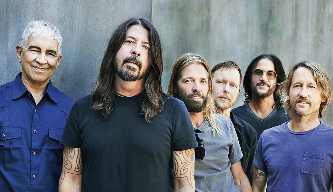 Foo Fighters lança clipe de Chasing Birds