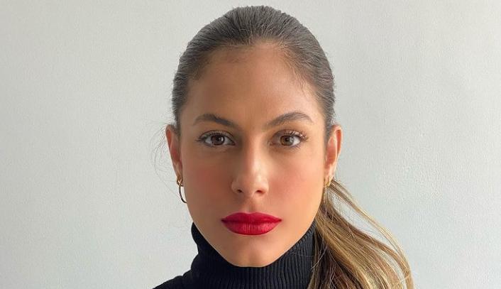 Mari Gonzalez manda indireta sobre casamento para o noivo