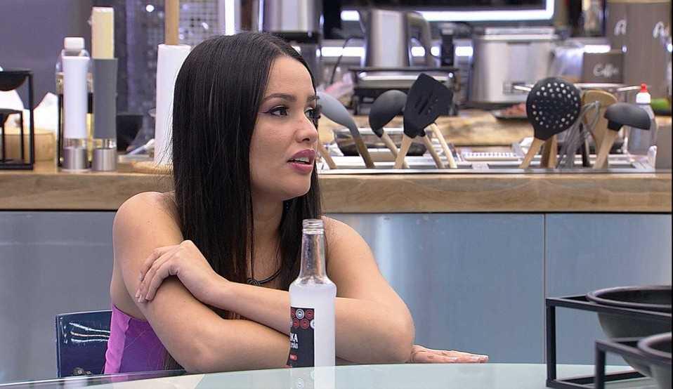 Juliette afirma que Carla Diaz não teve gratidão com ela, após voltar do Paredão Falso: 'Eu teria feito tudo diferente'