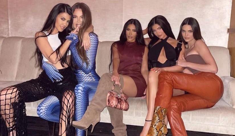 Kendall Jenner engana irmãs com notícia de noivado