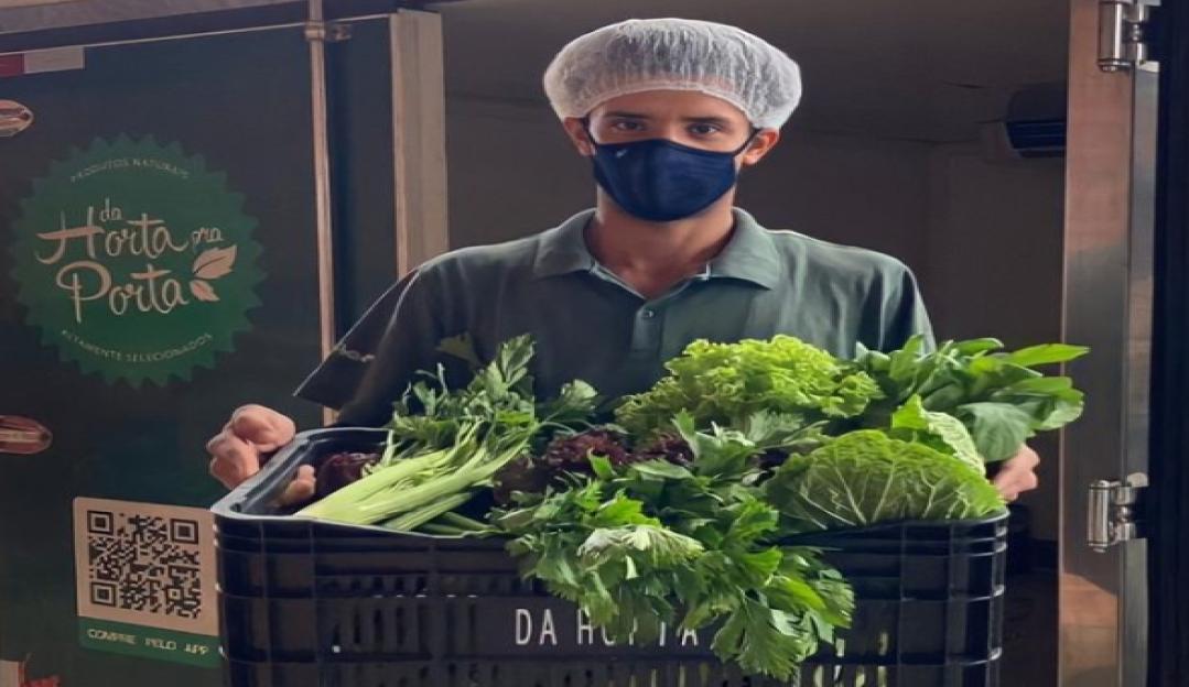 Quais os benefícios das frutas e verduras e como 'Da Horta pra Porta' faz uso disso para seus clientes