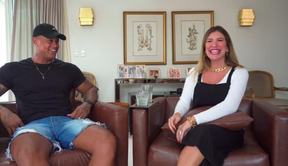 Lore Improta brinca de 'Eu Nunca' com Léo Santana e tem revelações quentes
