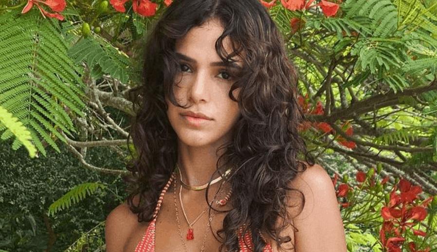 Bruna Marquezine relembra distúrbio de imagem: 'Eu queria me machucar'