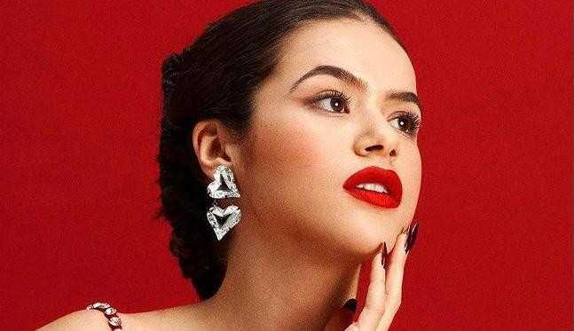 Maisa Silva celebra os 19 anos em ensaio deslumbrante