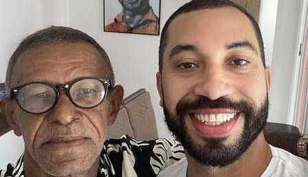 Gil do Vigor reencontra pai após 15 anos e comemora com foto