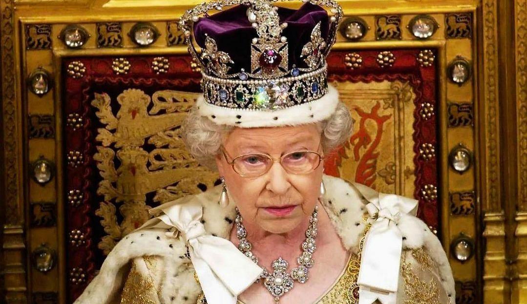 Após morte do marido, Rainha Elizabeth II quer voltar ao trabalho após o fim da pandemia