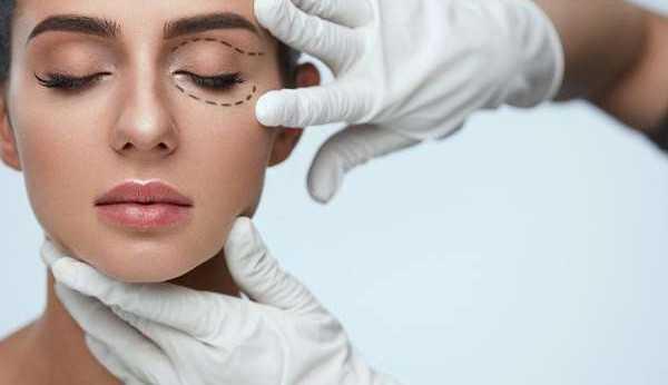 Flacidez das pálpebras: métodos para tratamento