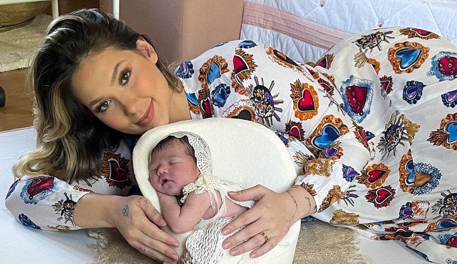 Vírginia compartilha primeiro ensaio newborn de Maria Alice: 'Maior amor do mundo'