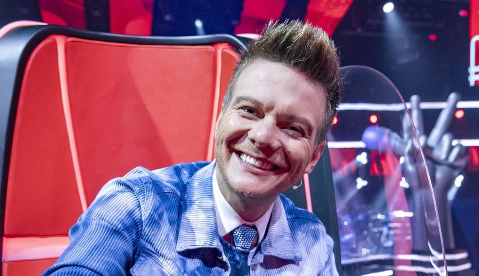Michel teló fala sobre estreia no The Voice Kids