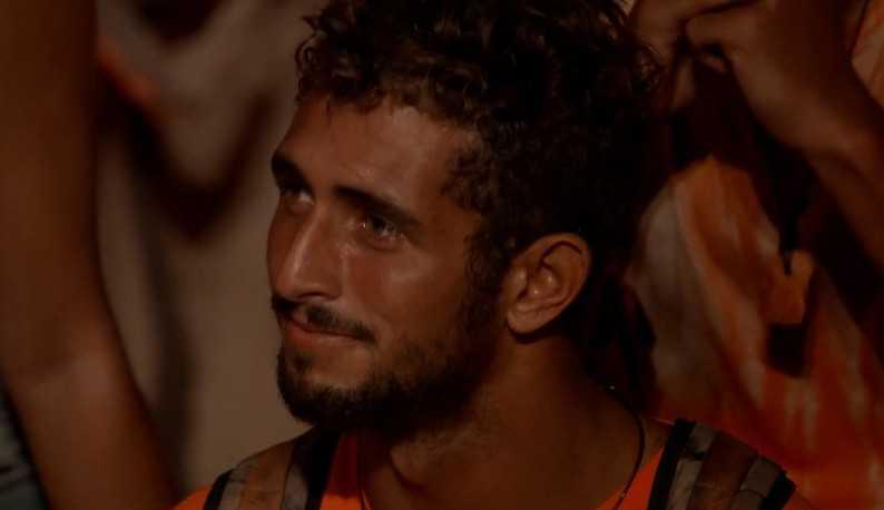 Após deixar o 'No Limite', Chumbo torce para a eliminação na tribo Calango